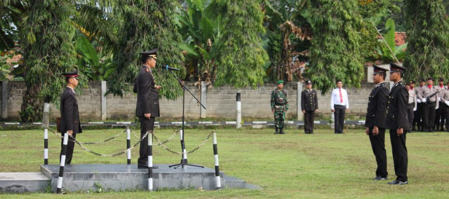 UPACARA  PERINGATAN KE-72 HARI BHAYANGKARA DI MAPOLRES OKU SELATAN