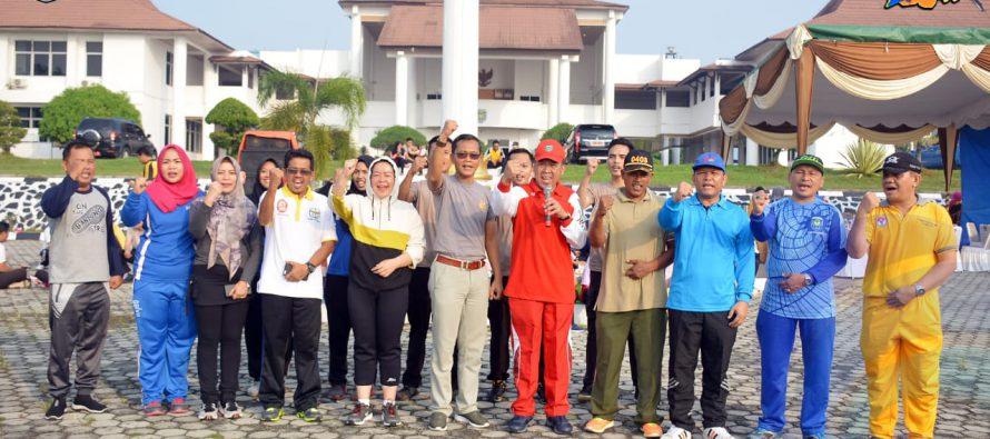 SENAM SEHAT BERSAMA DI LAPANGAN PEMKAB OKU SELATAN, SEKALIGUS DEKLARASI INDONESIA CINTA DAMAI