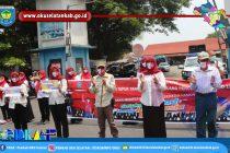 DINAS KESEHATAN GELAR KEGIATAN TEPUK TANGAN SELAMA 56 DETIK SE-INDONESIA SEBAGAI APRESIASI KEPADA TENAGA MEDIS DAN PEMBAGIAN MASKER KEPADA MASYARAKAT DALAM RANGKA MEMPERINGATI HARI KESEHATAN NASIONAL KE-56